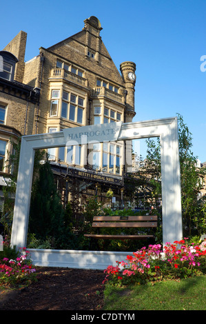 bettys tea room and emporium harrogate yorkshire uk - Stock Photo