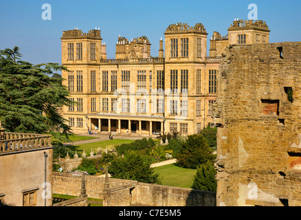 West facade of Hardwick Hall in Derbyshire UK seen from the ruined Old Hall - Stock Photo