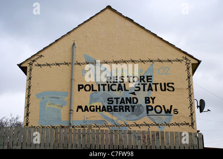 restore political status maghaberry pows prisoners republican wall mural painting west belfast northern ireland - Stock Photo