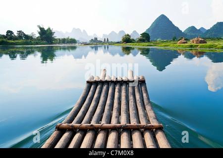 Bamboo rafting in Li River, Guilin - Yangshou China - Stock Photo