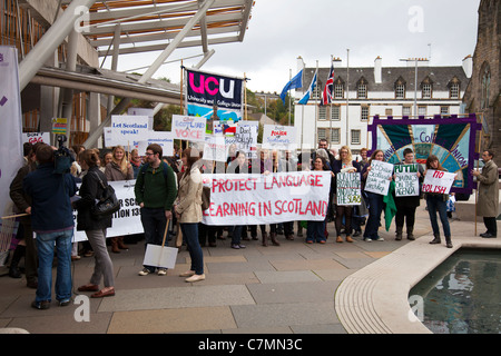 Protest Outside Parliament, Edinburgh, Scotland. Against abolition of learning languages funding cuts - Stock Photo