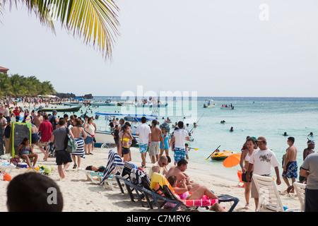 West Bay Beach during the busy week of Semana Santa - Stock Photo