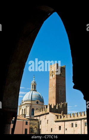 Italy, Lombardy, Mantua, Piazza Sordello - Stock Photo