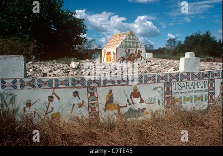 A decorated Mahafaly tomb, Andranovy South-west Madagascar - Stock Photo