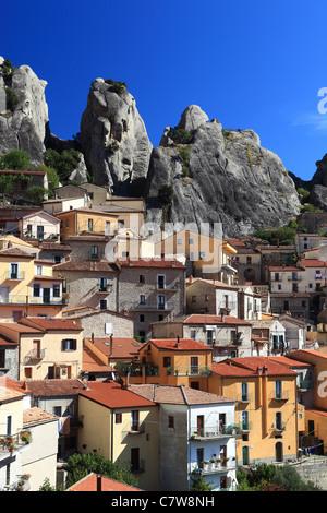 Italy, Basilicata, Dololiti Lucane, Castelmezzano town - Stock Photo