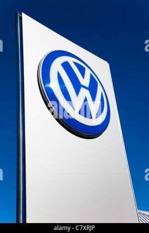 Vw Volkswagen Dealer Dealership Sign Car Sales Car Dealer