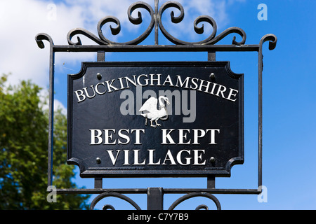 'Buckinghamshire Best Kept Village' sign, High Street, Marlow, Buckinghamshire, England, UK - Stock Photo