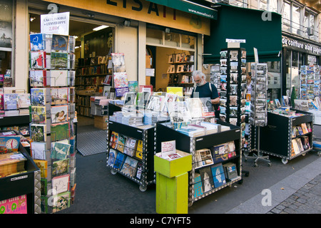 Mona Lisait bookshop in Le Marais district - Paris, France - Stock Photo