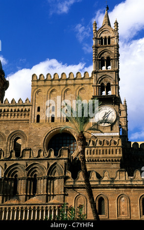 Italy, Sicily, Palermo. Detail of the Cathedral - Stock Photo