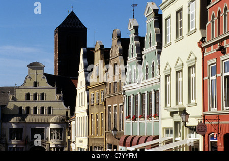 Germany, Mecklenburg-Western Pomerania, Wismar, Kramerstrasse - Stock Photo
