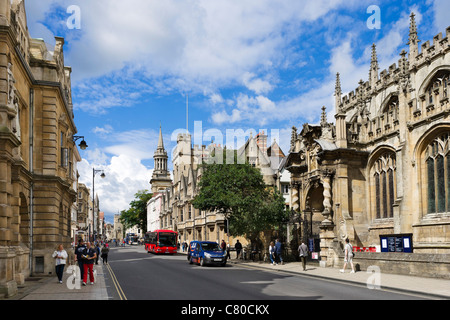 High Street with Brasenose College and University Church of St Mary the Virgin to the right, Oxford, Oxfordshire, - Stock Photo