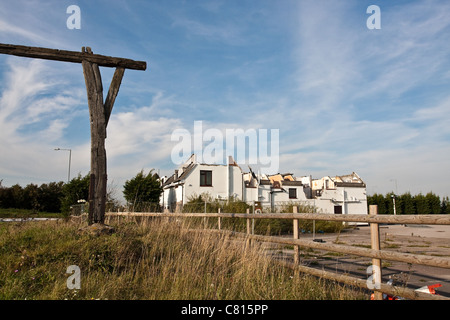 Building destroyed by fire at Caxton Gibbet, Cambridgeshire - Stock Photo
