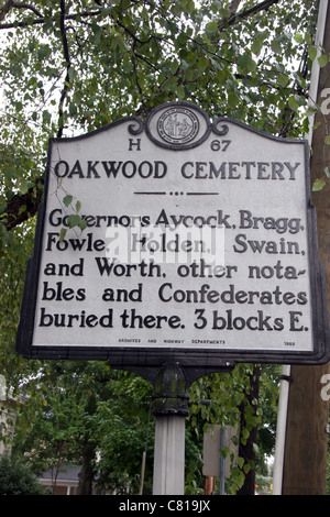 OAKWOOD CEMETERY-Governors Aycock, Bragg, Fowle, Holden, Swain, and Worth, other notables and Confederates buried - Stock Photo
