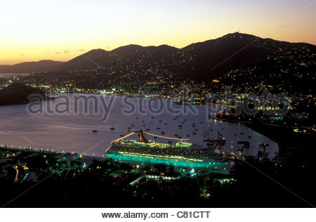 United States of Virgin Islands, St Thomas, Charlotte Amalie: the harbour at night - Stock Photo