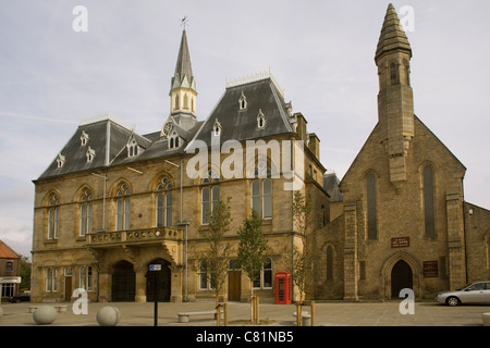 England County Durham Bishop Auckland Town hall & St.Anne church - Stock Photo