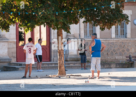 People playing Pétanque, Place des Moines, St Antonin Noble Val, Tarn et Garonne, Midi Pyrenees, France - Stock Photo
