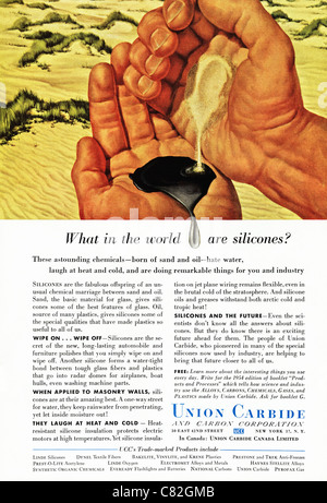 American magazine advertisement circa 1954 advertising UNION CARBIDE AND CARBON CORPORATION - Stock Photo