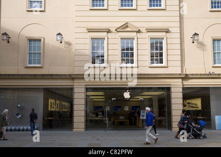 Somerset England UK Shoppers walking past the Apple Store in pedestrianised Southgate Place in Bath city centre - Stock Photo