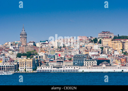 View across the Bosphorus to Beyoglu and the Galata Tower Istanbul, Turkey. - Stock Photo