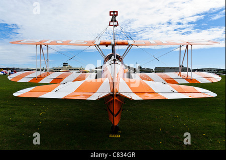 20/08/2010. Shoreham, Uk. Rear view of a Breitling Stearman 'wing walker' bi-plane at Shoreham Airshow. - Stock Photo
