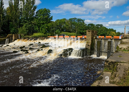 Weir on River Ouse near Naburn York North Yorkshire England UK United Kingdom GB Great Britain - Stock Photo