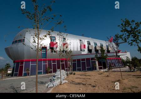 Vila Aeroport hotel in shape of plane - Stock Photo