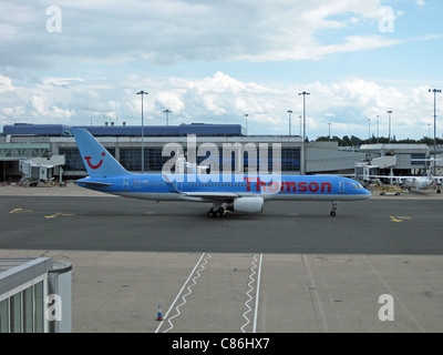 Thomson Airways Boeing 757-200 with blended winglets, registration number G-OOBD, Birmingham International Airport, - Stock Photo