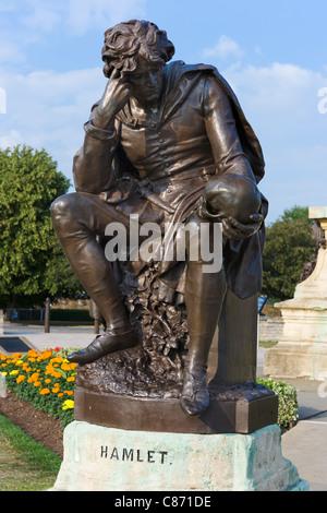 Statue of Hamlet in Bancroft Gardens, Stratford-upon-Avon, Warwickshire, England, UK - Stock Photo