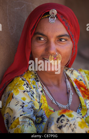 Indian Bishnoi woman at Bishnoi village near Rohet in Rajasthan, Northern India - Stock Photo