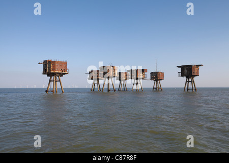 Maunsell sea forts. Red Sands sea fort Thames estuary, now abandoned. The Kentish flats windfarm is just behind - Stock Photo