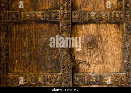 ... Hindu style traditional door in Acacia wood at the 16th Century Amber Fort in Jaipur in & Hindu style traditional door in Acacia wood at the 16th Century ... pezcame.com
