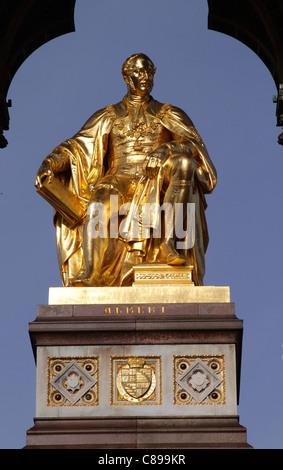 Closeup Albert Memorial Kensington Gardens London - Stock Photo