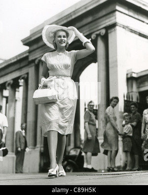 PATTI MORGAN (CHAMOUN) 1928-2001 - Australian-born fashion model and film actress in 1948 - Stock Photo