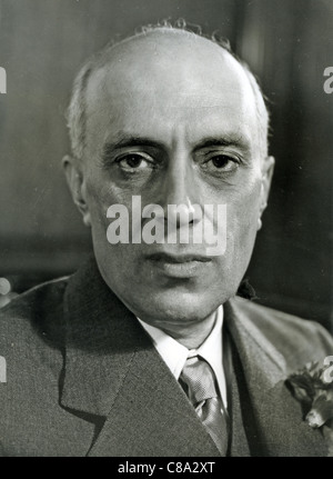 PANDIT JAWAHARLAL NEHRU (1889-1964)  Prime Minister of India about 1950 - Stock Photo