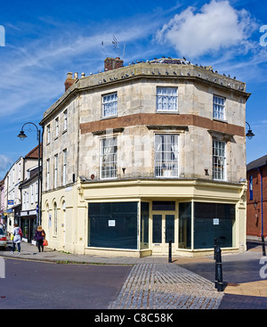 Empty commercial retail premises at prominent junction in centre of Devizes town Wiltshire England uk - Stock Photo