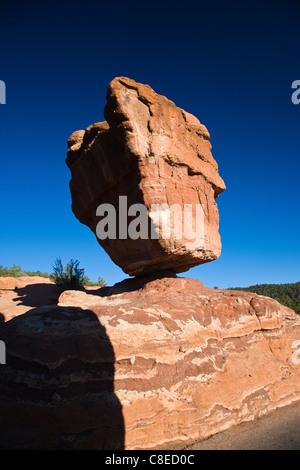 Balanced Rock, Garden of the Gods park, National Natural Landmark, Colorado Springs, Colorado, USA - Stock Photo