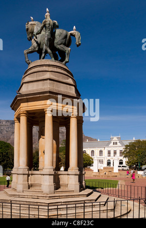 Delville Wood Memorial and South African Museum. Company's Garden, Cape Town, South Africa. - Stock Photo