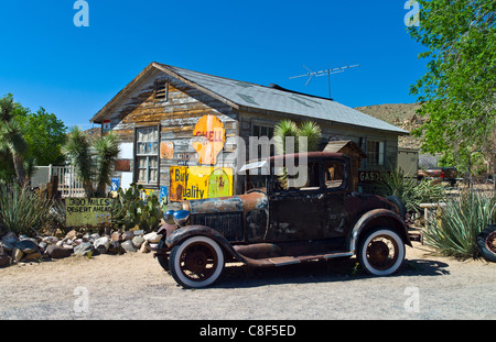 U.S.A. Arizona, Hackberry, old cars in the General Store on the Route 66 - Stock Photo