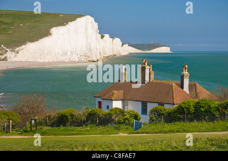 Seven Sisters cliffs, coastguard cottages Seaford Head, South Downs Way, South Downs National Park, East Sussex, - Stock Photo