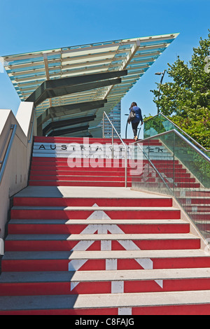 Steps to Austria Center Vienna (ACV). It is Austria's largest convention center and is also one of Europe's most - Stock Photo