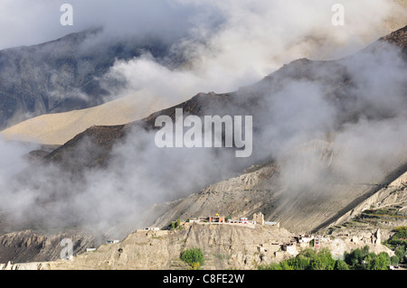Muktinath Valley, Annapurna Conservation Area, Mustang District, Dhawalagiri (Dhaulagiri, Pashchimancha, Nepal - Stock Photo