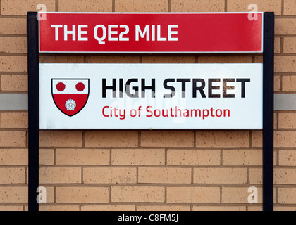 Street name plaque for Southampton High Street (The QE2 Mile), Southampton, Hampshire, England, UK - Stock Photo