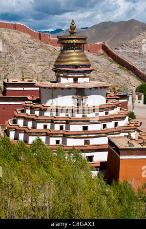 Magnificent tiered Kumbum, one hundred thousand images, Palcho Monastery, the largest chorten in Tibet, Gyantse, - Stock Photo