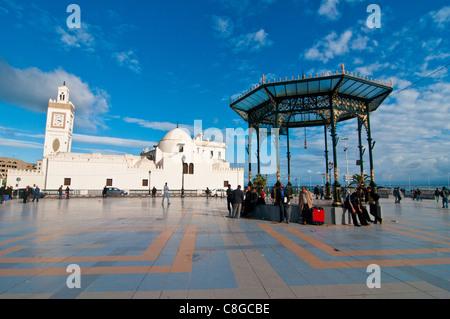 Djamaa El Djedid (Mosque of the Fisherman) on Place Port Said, Algiers, Algeria, North Africa - Stock Photo