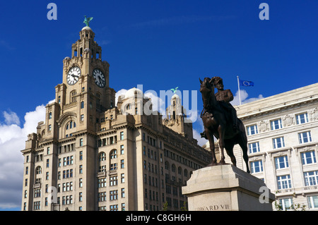 Liver building with the Liver Birds statues, Waterfront, Liverpool One, Liverpool, England, UK, Great Britain. - Stock Photo