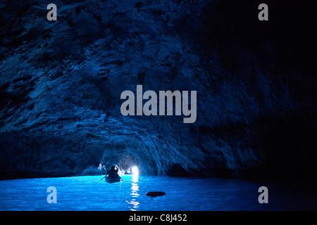 Ausflug, Blaue Grotte, Campania, Capri, Fels, Golf von Neapel, Grotte, Insel, Italien, Kampanien, Meer, Mittelmeer, - Stock Photo