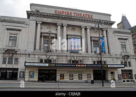 The Liverpool Empire Theatre, Lime Street and London Road, Liverpool, Merseyside, England. - Stock Photo