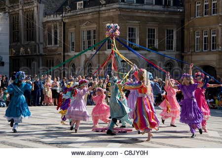 Londoners: Costermongers' Harvest Festival Parade at Guildhall in the City of London - Stock Photo