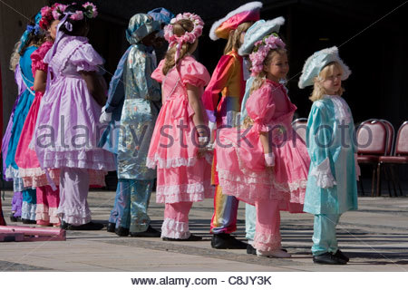 Londoners: Costermongers' Harvest Festival Parade at Guildhall in City of London - Stock Photo