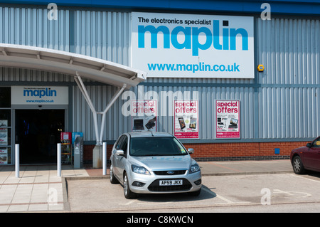The Maplin electronics warehouse on the Hardwick Road Estate, King's Lynn, Norfolk, England - Stock Photo